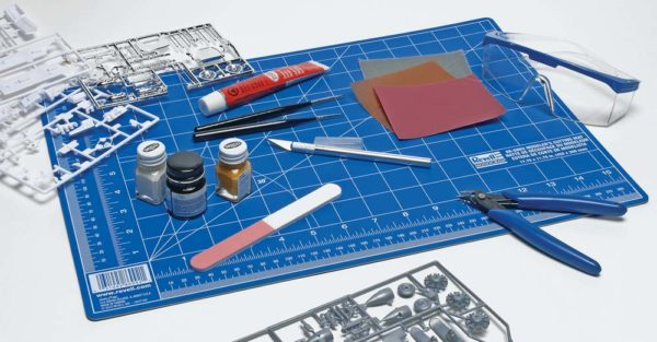 Building A Plastic Model Aircraft – Your Tool Kit | Scale